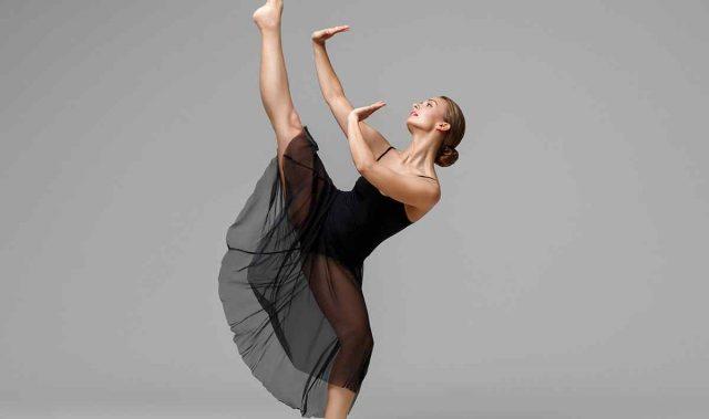 https://vocalcoachbarcelona.com/wp-content/uploads/2019/04/inner_image_dance_09-640x379.jpg
